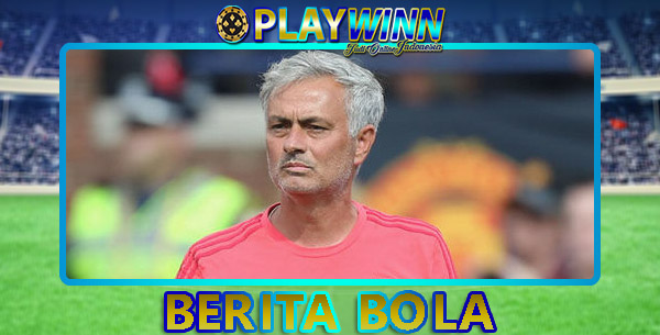 Pelatih tim Manchester United, Jose Mourinho Terkenak Kasus Pajak